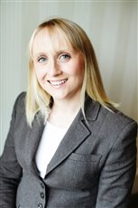 Lynsey Smith is awarded RI status by ICAEW