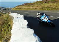 Michael Dunlop heads Classic TT Superbike in search of fourth victory