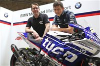 Dan Kneen joins Tyco BMW for 2018 TT Races campaign