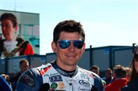 Tributes pour in for Manx rider Dan Kneen