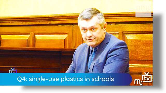 Preview of - Q4: single-use plastics in schools