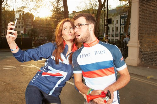 Mark And Peta Cavendish Celebrate Hero Ride 2014 Sign Up With 'selfie'