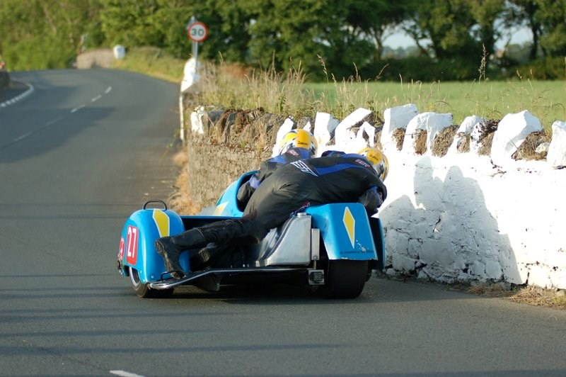 Southern 100 Sidecar 1